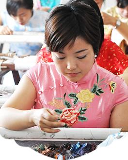 苏绣工艺师:陈华芬