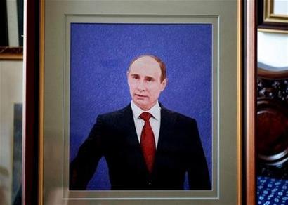 苏绣国礼案例--普京总统肖像